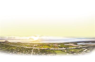海南环岛高铁俯瞰图.资料图片-海南环岛高铁 山海同程 一站一景