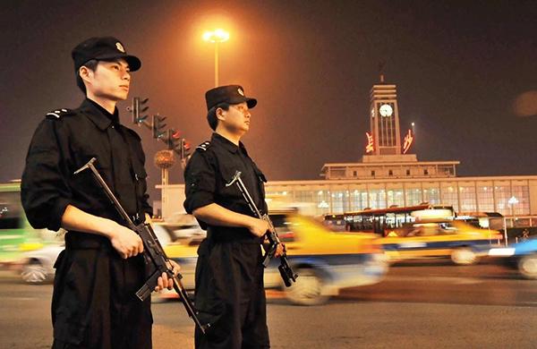长沙警方:假期约七成警力值班备勤,确保国庆中秋假期安全(图)