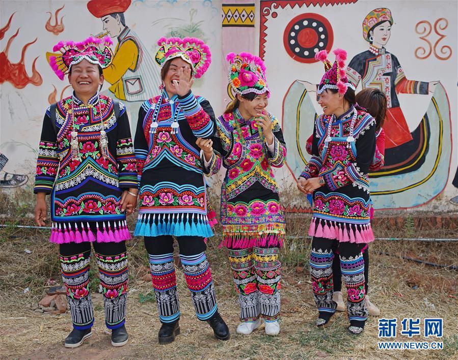 (文化)(1)雲南永仁:千年彝繡繡出致富路