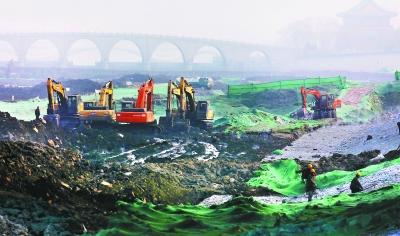 繁忙的冬日之河系列报道3:运河清淤