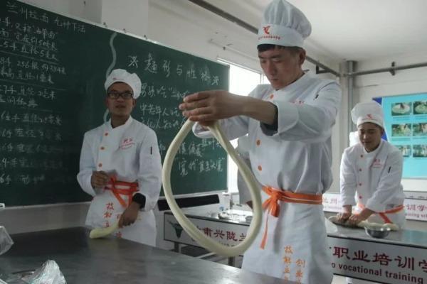 精准扶贫有新招 美媒:一碗牛肉面里的中国扶贫经验