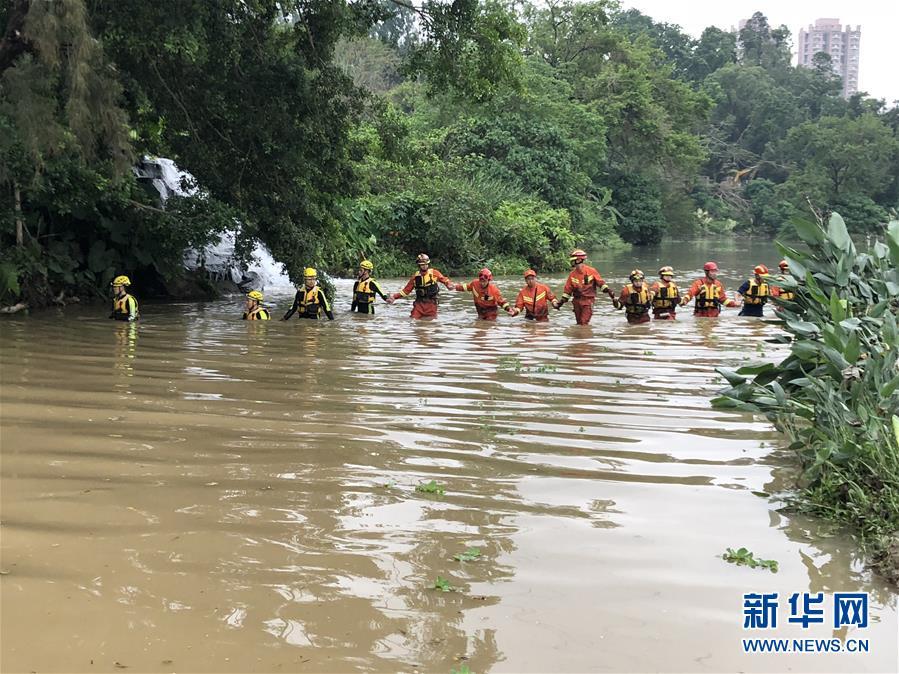 深圳強降雨引發洪水致7人死亡 原因正在調查