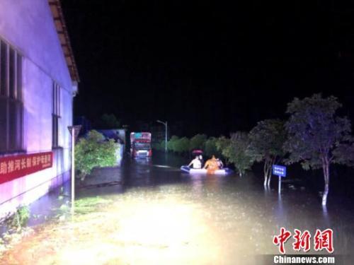 浙江遂昌境内突发强降雨 转移安置人数6300余人