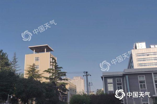 北京晴热回归最高34℃ 午後东部北部有雷雨
