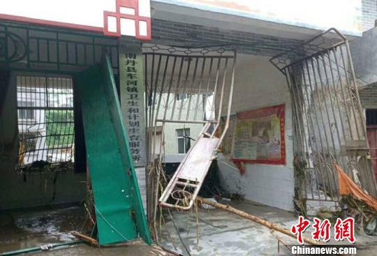 广西局部地区遭强降雨袭击成灾 官方紧急转移安置844人