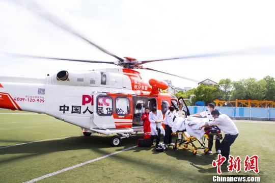 上海:医校携手探索开辟市区应急起降点
