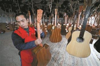 大山里的吉他神曲