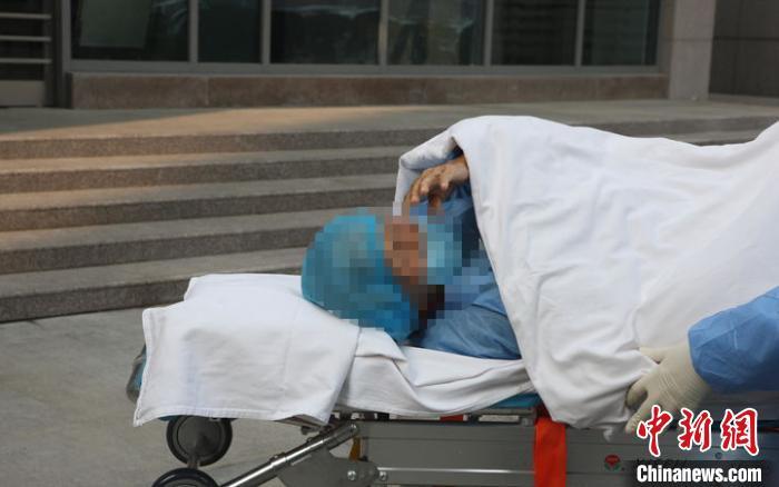 河南94岁奶奶治�K出院 全省累计出院病例930例